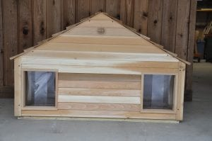 medium duplex dog house