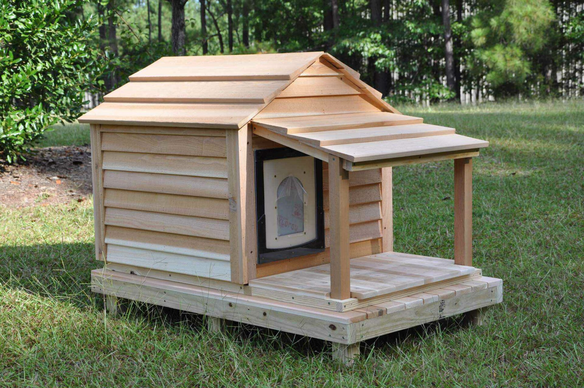 Medium Dog House Custom Cedar Dog House